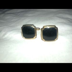 Vintage pair gold tone & black cuff links